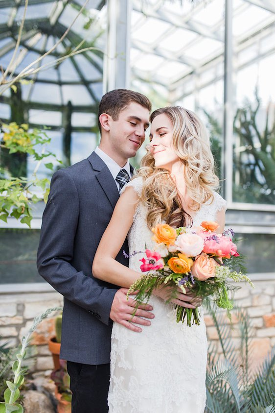 AIRY WEDDING INSPIRATION AT THE GREENHOUSE AT DRIFTWOOD